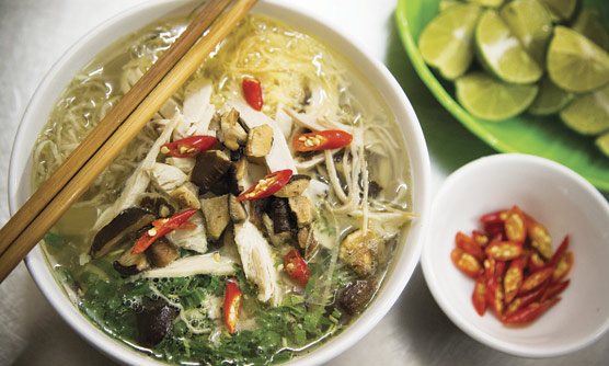 EAT--IMG_5316-street-snacker-Bun-Thang-feb15-JV